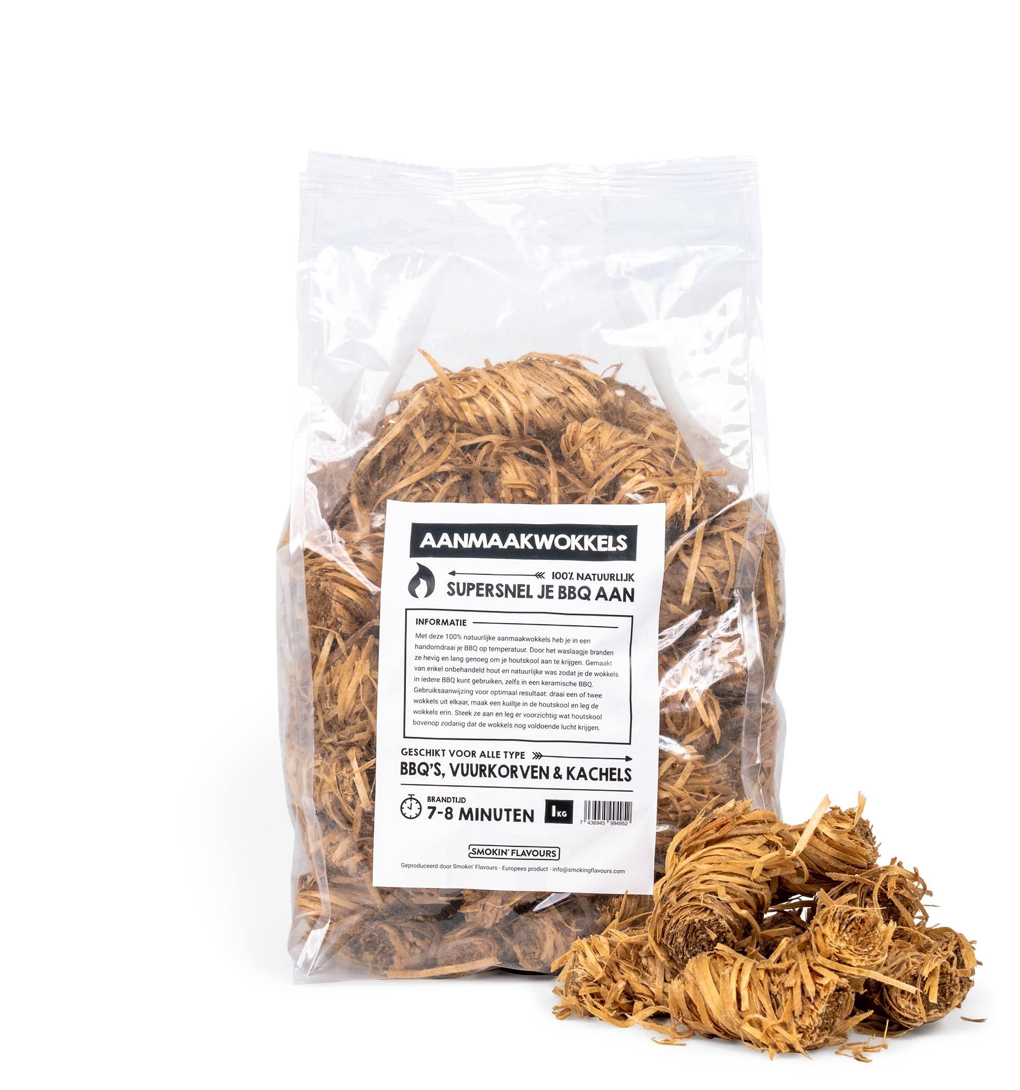 Smoking-Flavours-aanmaakwokkels-pose-1